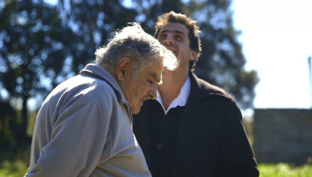 Mujica en ingenioso y satírico falso documental