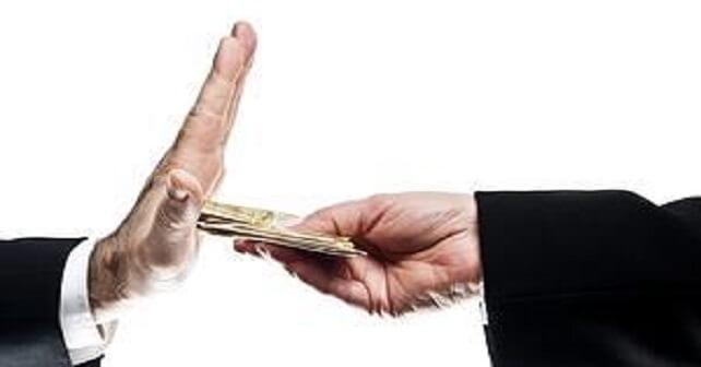 Un par de cosas sobre corrupción por Hoenir Sarthou