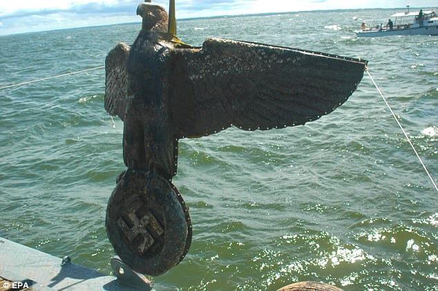 El Águila del Graf Spee. ¿Venta, exhibición o depósito? por Manuel Esmoris
