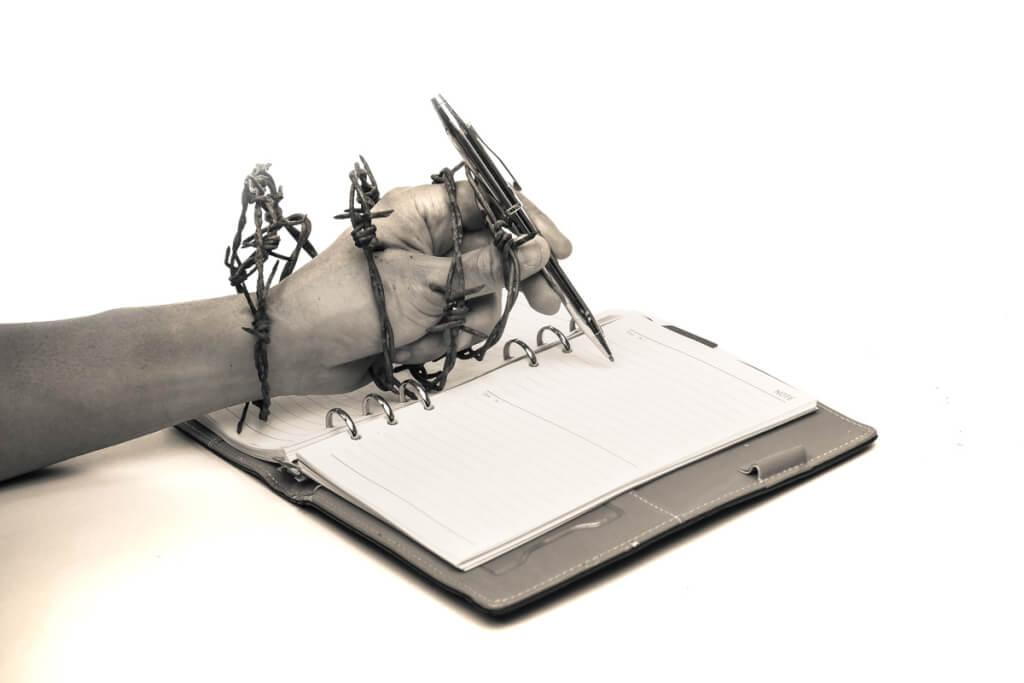 ESPACIO LIBRE: Frases hechas….(2) porIgnacio Martínez