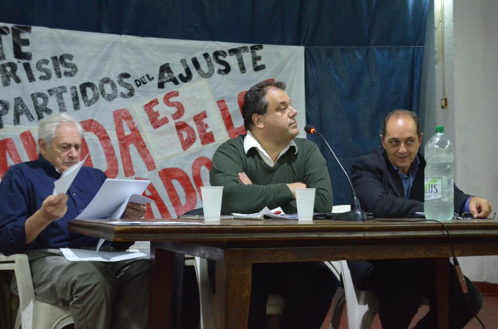 Mesa Redonda: Bancarización y Privatización