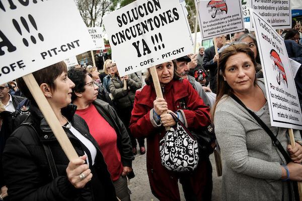 """El costo y el precio de los """"cincuentones"""" Adolfo Bertoni"""