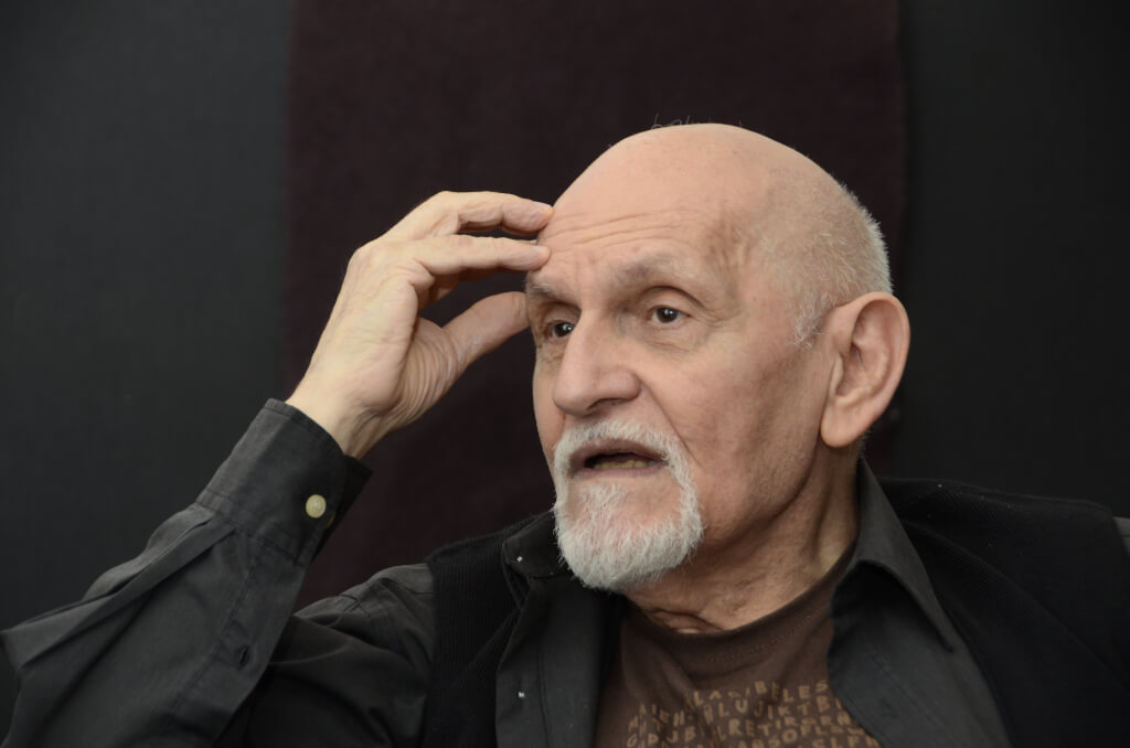 Villanueva Cosse, actor y director:  No entiendo cómo te podés hacer obispo de una iglesia artística, cuando las obras son todas diferentes.