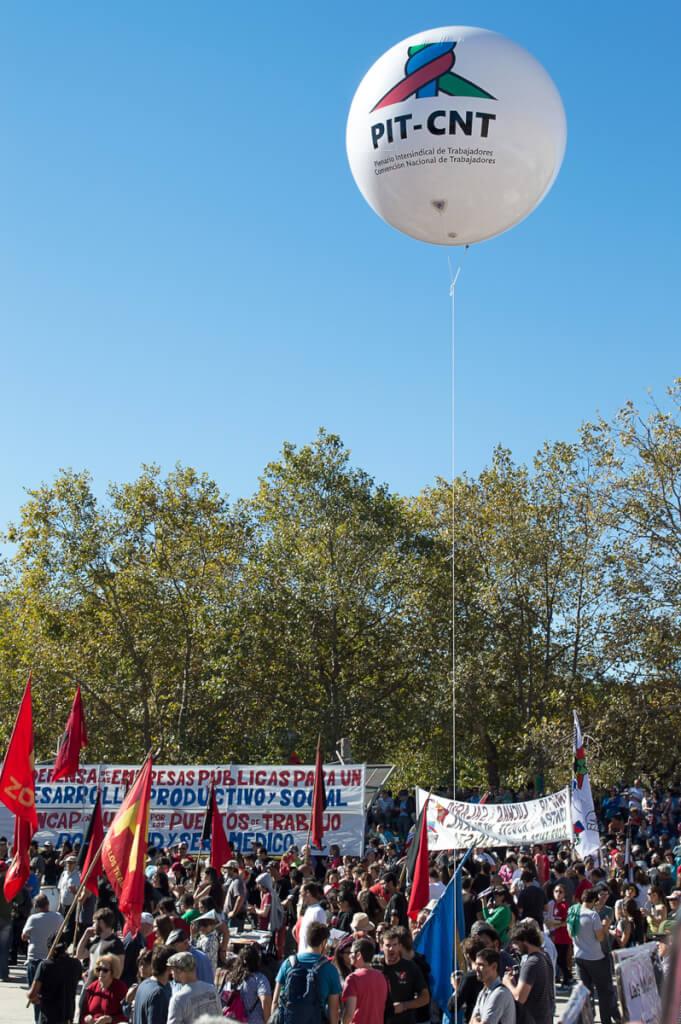 El Uruguay del ancla por Luis Nieto