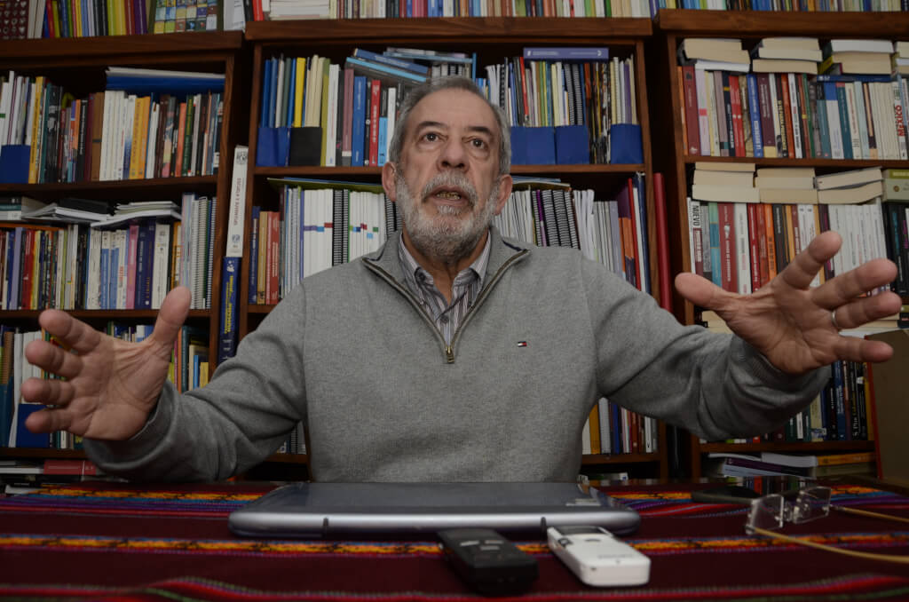 Ernesto Rodríguez, sociólogo  «La reforma de Rama era la propuesta más estatista que había»