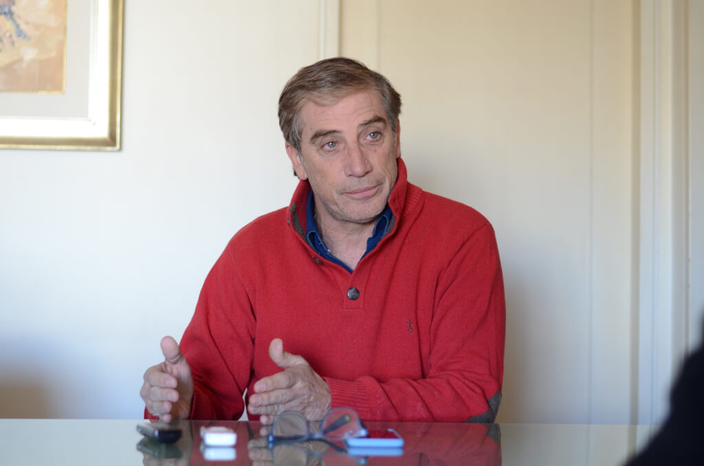 Eduardo Acevedo, director técnico de Defensor:  En Uruguay es más fácil ser ministro de Economía que técnico de la selección