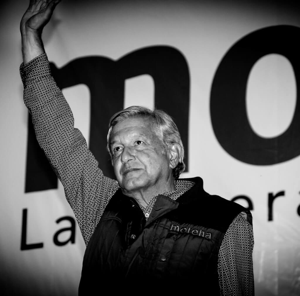MORENA-AMLO desafíos de la política en México:  apuntes para desaprender de la experiencia regional  por Oscar Mañán