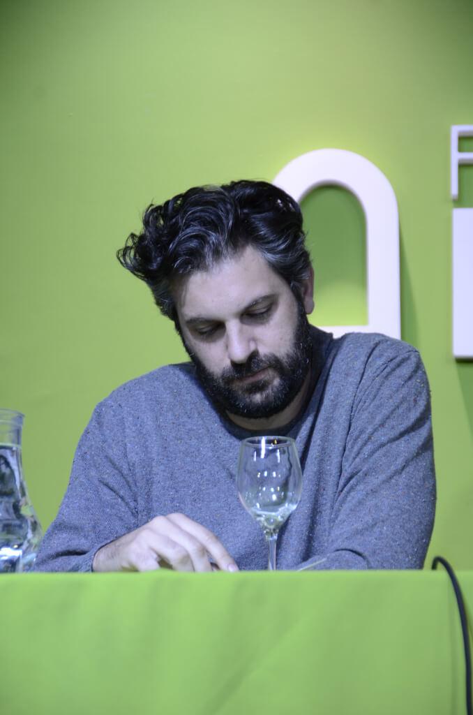 """Gabriel Calderón: """"el teatro es el lugar en que me junto con gente que no piensa como yo"""""""