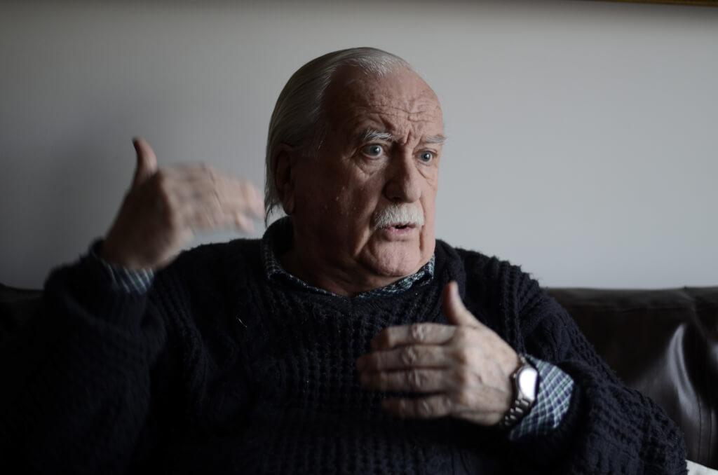 Antonio Pippo, periodista:  La televisión abierta uruguaya es una mierda