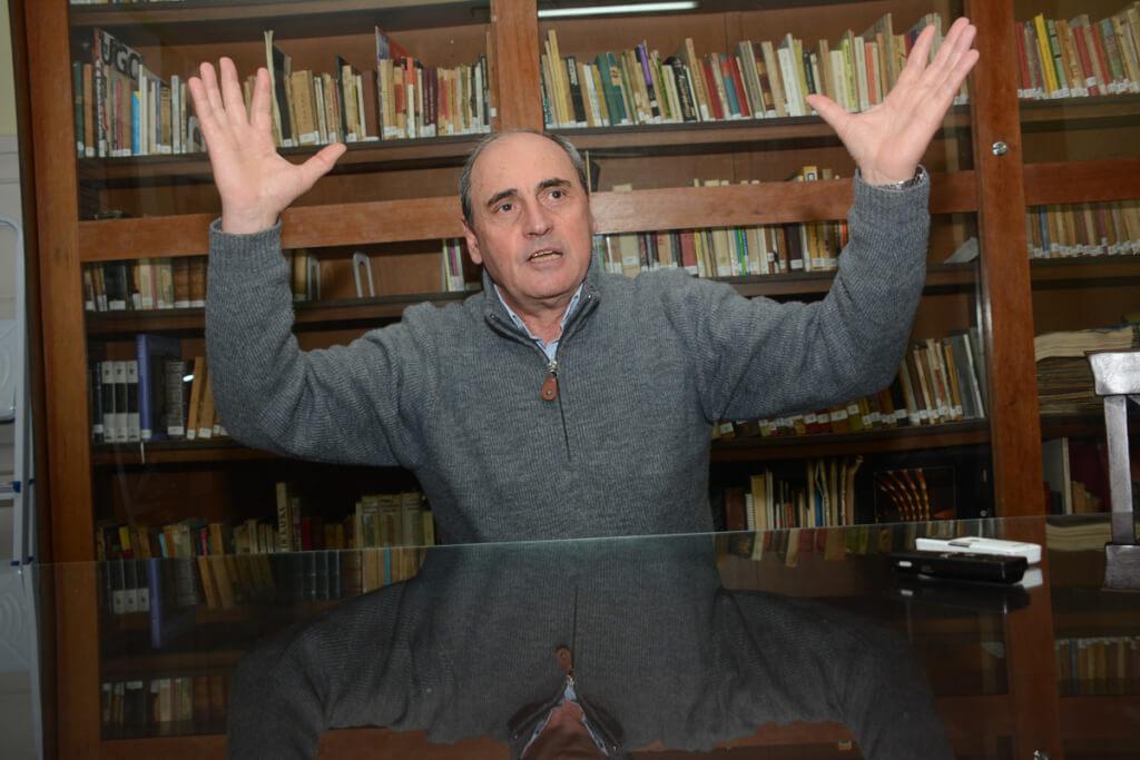 Héctor Guido, actor y secretario general de El Galpón:  A este teatro no lo ataquen con la infamia