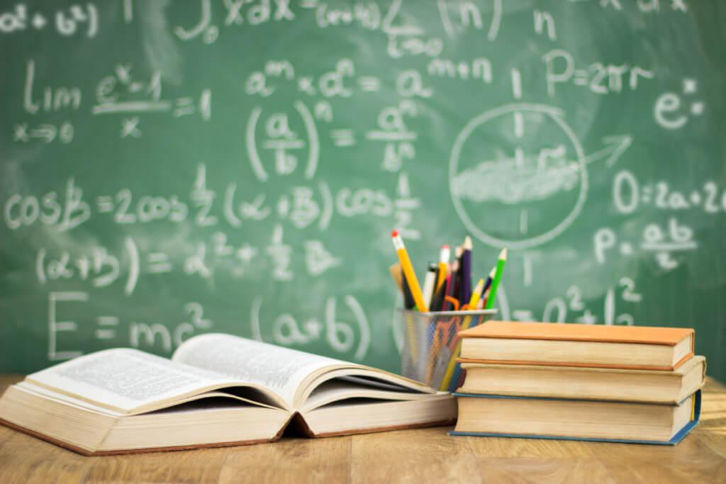 La educación de hoy, un barco sin timón por  Martín Patrone