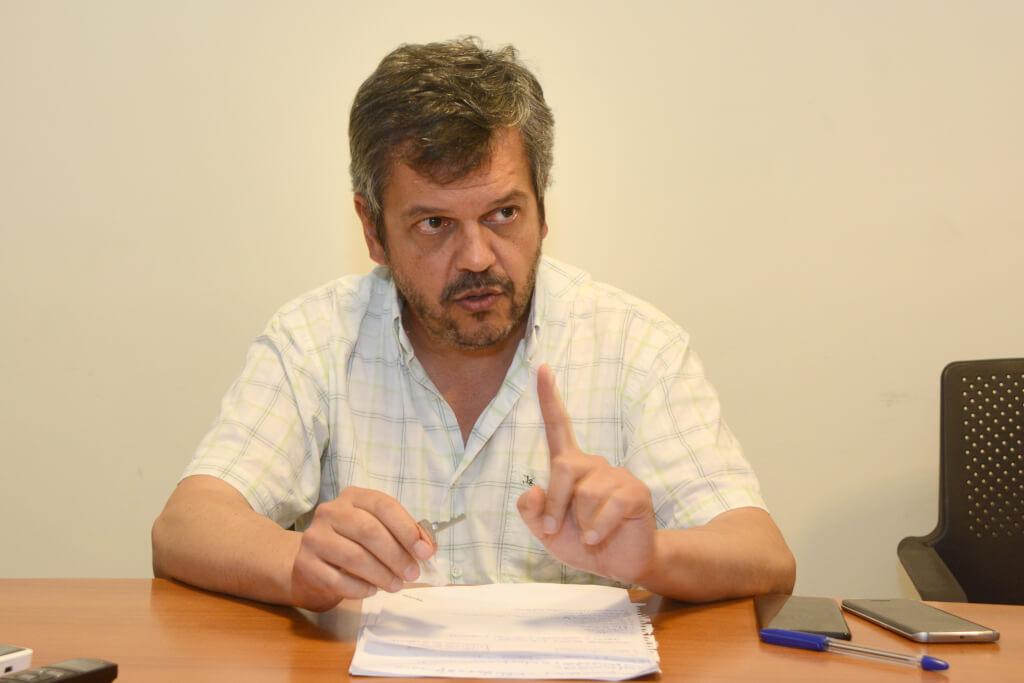 """Gustavo Leal, sociólogo:  """"La mejor política de seguridad es construir confianza en lo público"""""""