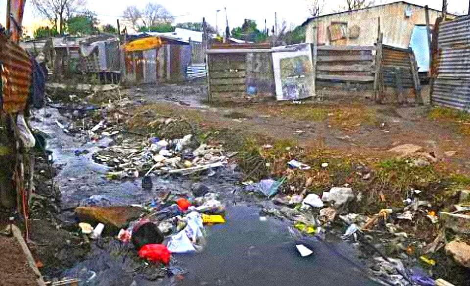 Asentamientos: vergüenza nacional