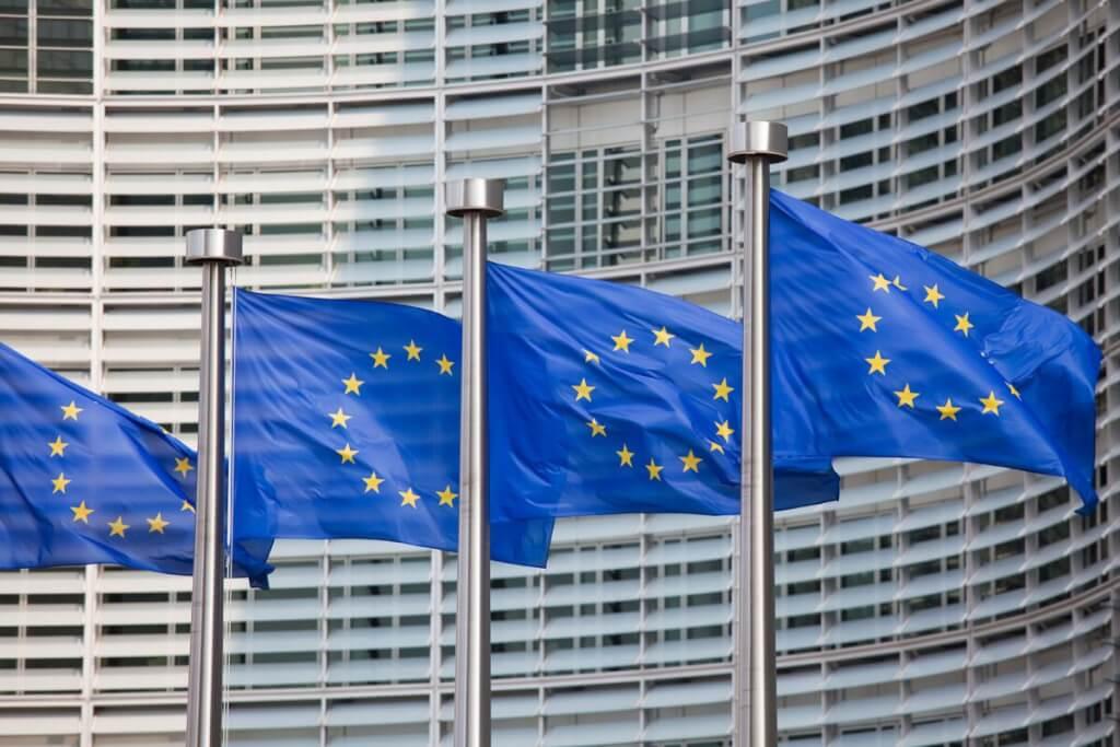 Unión Europea, comunidad disonante por Ruben Montedónico
