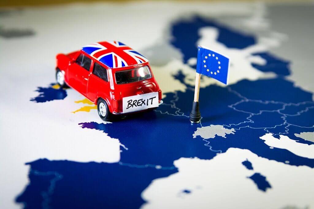 Reino Unido: el del  divorcio pendiente por Ruben Montedonico