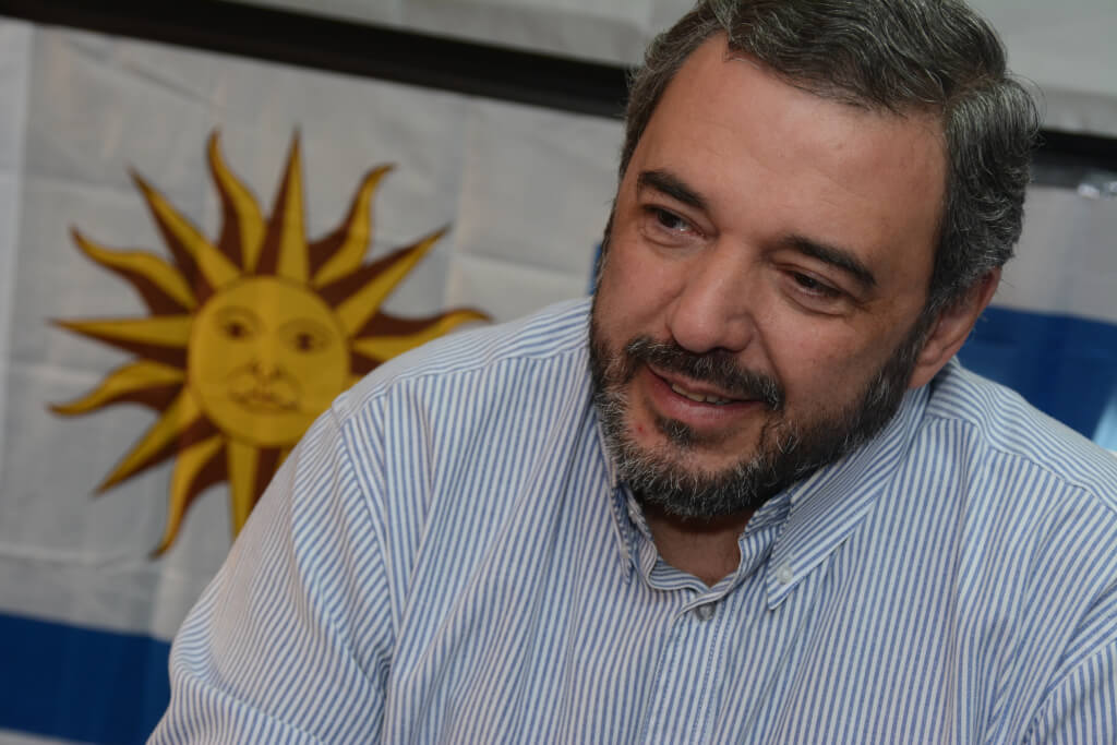 """Mario Bergara:  """"Durante un tiempo la figura de Seregni fue soslayada en el Frente Amplio"""""""