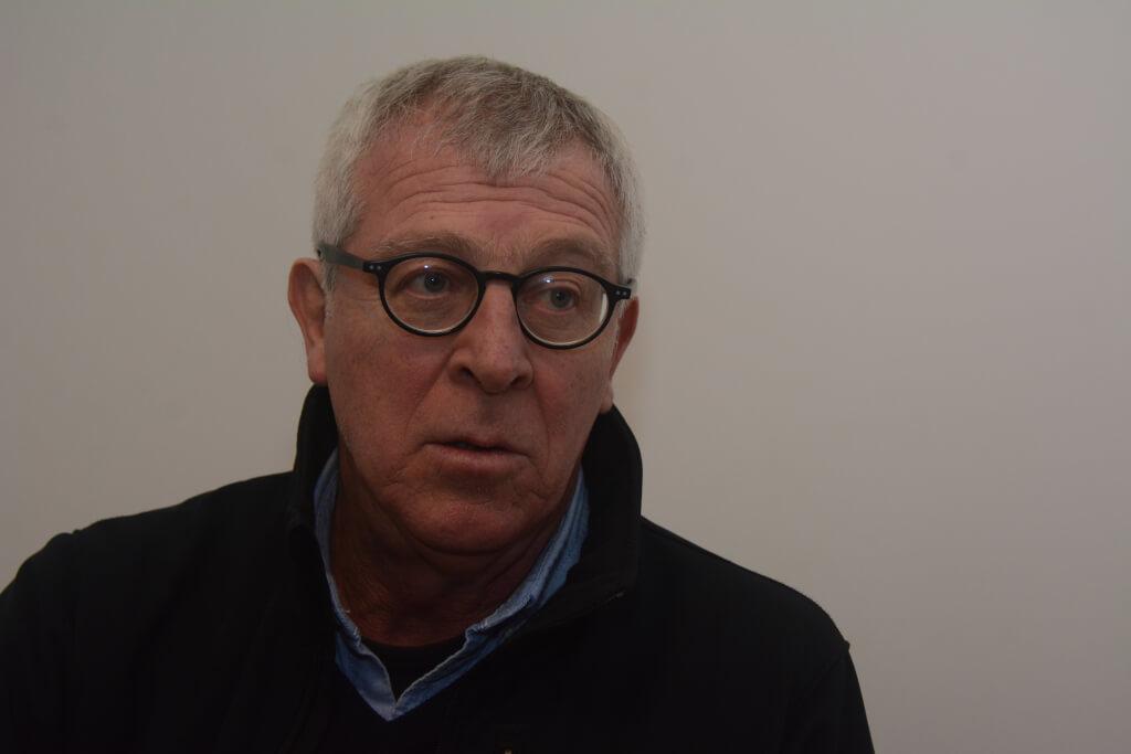 José López Mazz, arqueólogo  No somos todos iguales, somos uruguayos, pero algunos tienen pasaporte europeo y otros no.