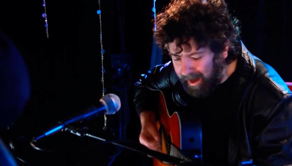 """""""La música es un antídoto frente a las miserias de este mundo"""""""