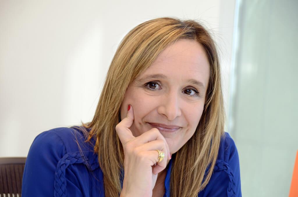 LAURA RAFFO, ECONOMISTA