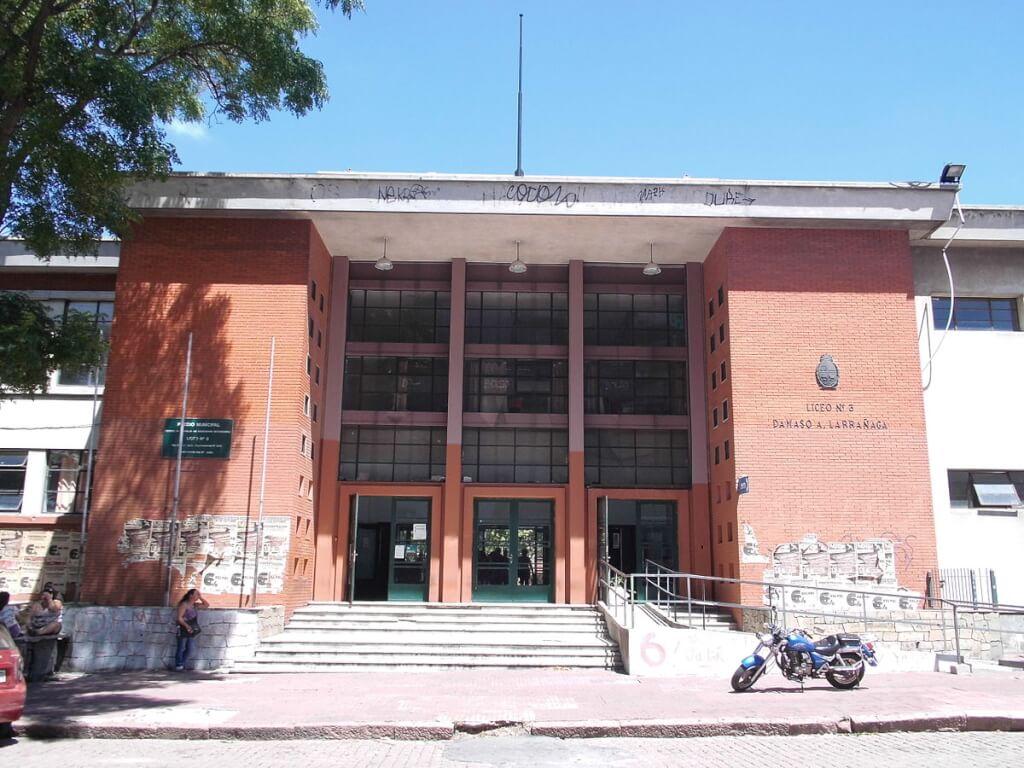 Defender la educación pública (I)  Álvaro Díaz Maynard