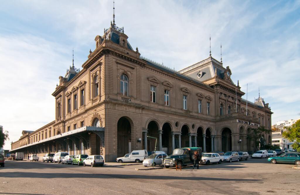 Estación Central de Ferrocarril. Desde1897 a la actualidad por Manuel Esmoris