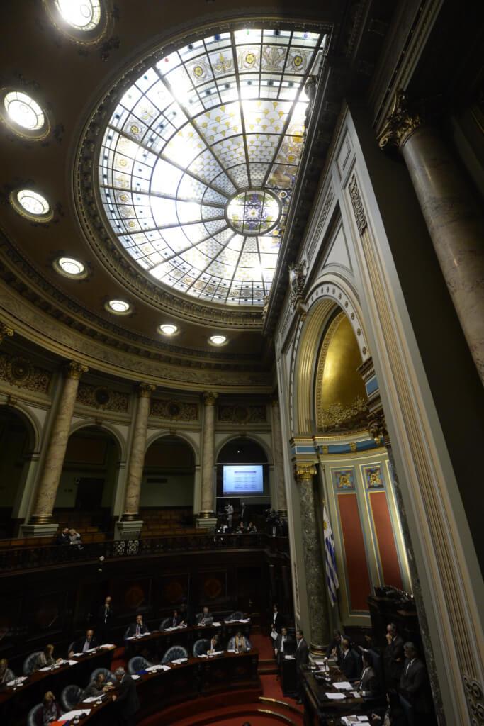 Ley punitiva, represiva y reaccionaria por Hugo Acevedo