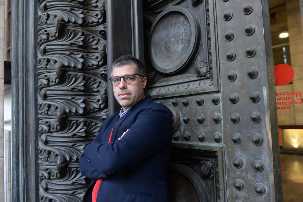 """Valentín Trujillo: """"La Biblioteca tiene algo de museo, algo de iglesia y también algo de fábrica"""""""