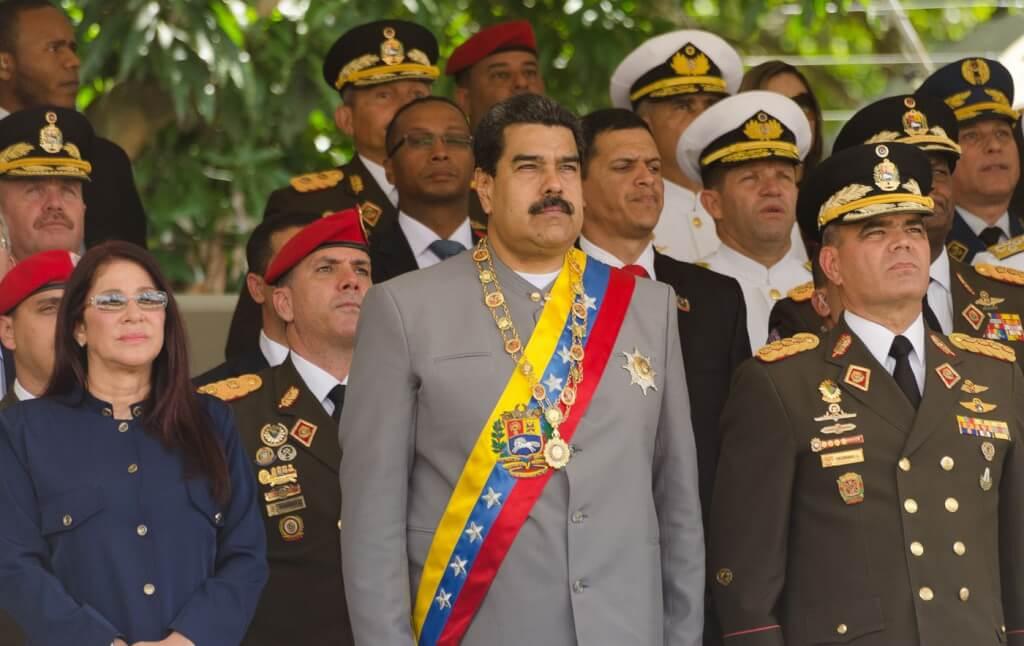 Cuba, trabajo para Bustillo por Luis Nieto