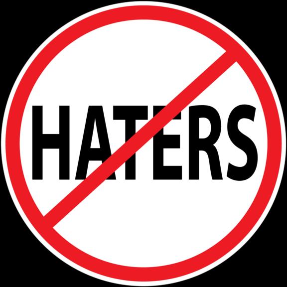 Haters por Cristina Morán