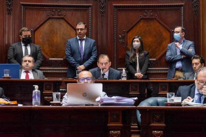 El general que zafó de su laberinto y los driblings del abogado viajero por Cristina Morán