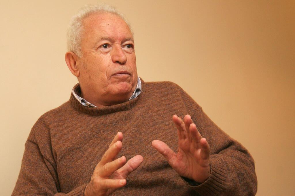 """Germán Rama (1932 – 2020 )     «Una historia de audacia y coraje para mejorar la Educación Pública uruguaya""""     Por Martín Almada."""