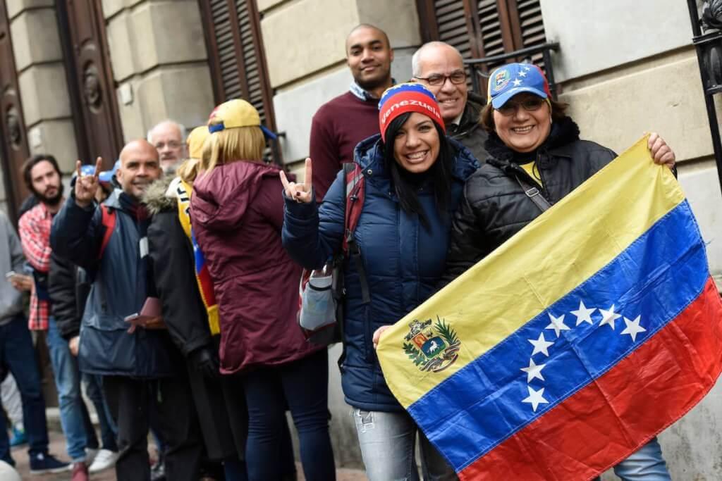 Migrantes venezolanos: oportunidad para el Uruguay   por  Ángel Arellano