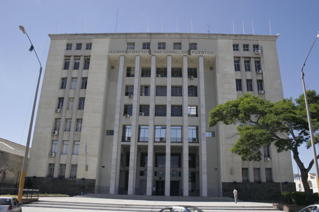 El acuerdo portuario de Uruguay con Katoen Nati por Silvia Etchebarne