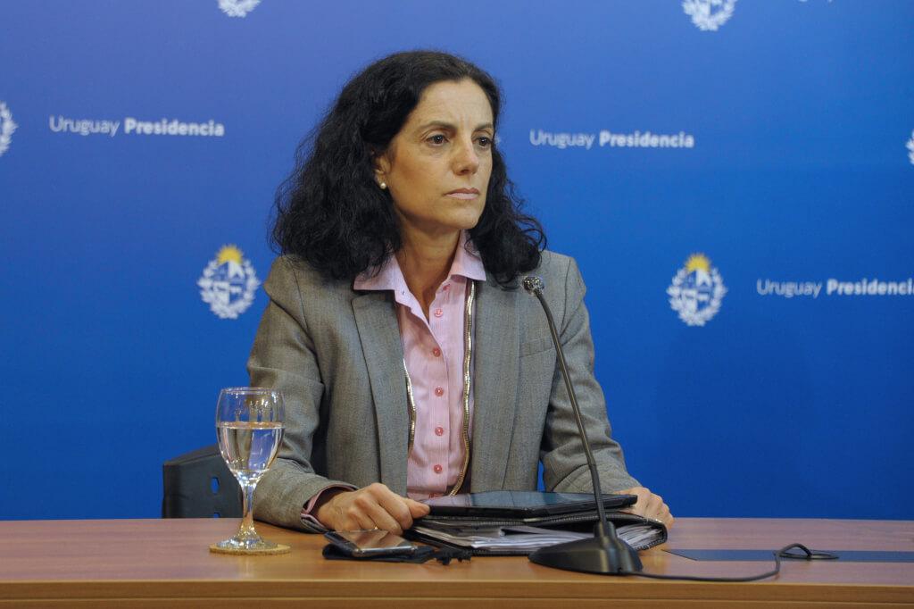Raquítica inversión para paliar crisis social por Hugo Acevedo