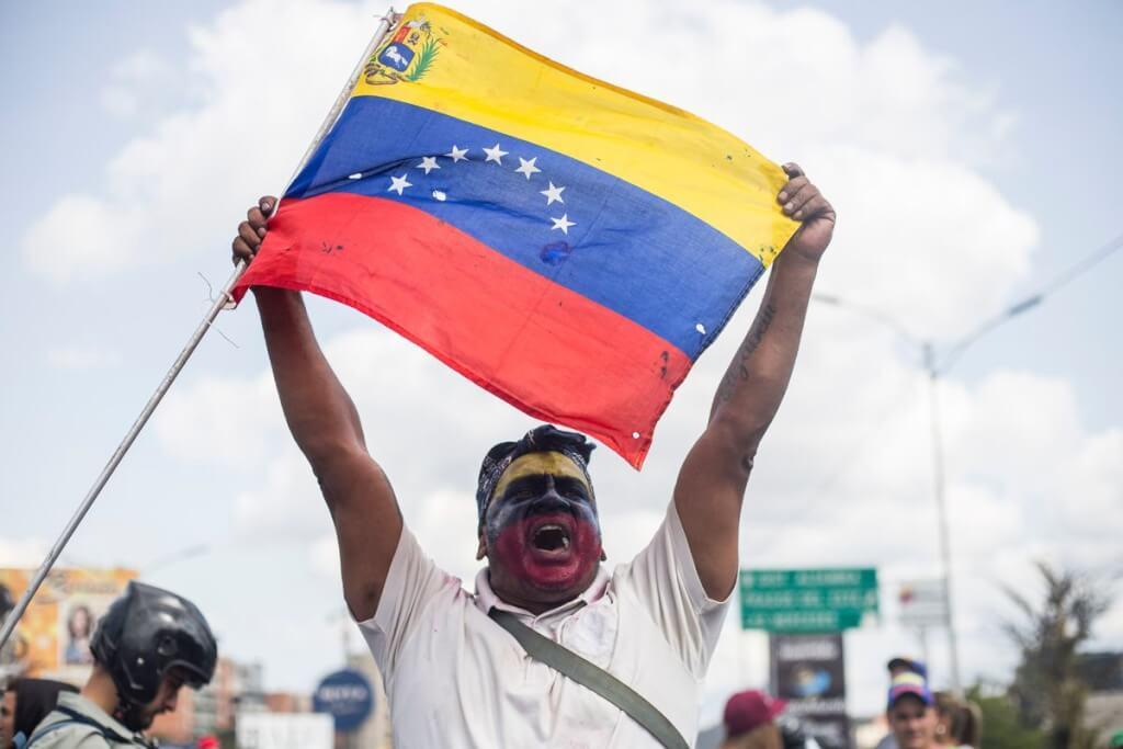"""No están """"desapareciendo"""": violaciones a los derechos humanos en Venezuela    Por Ángel Arellano"""