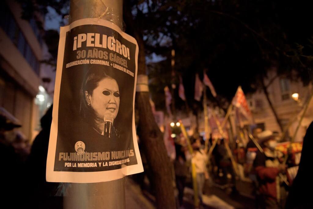 Pedro Castillo o Fujimori bis por Ruben Montedonico