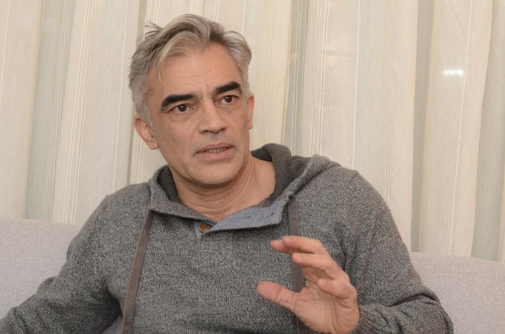 GUSTAVO PEREIRA, FILÓSOFO  Los intelectuales no somos funcionales a ningún partido político