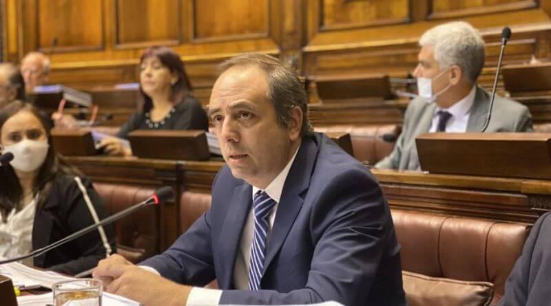 La ortodoxia económica que profundiza la crisis por Hugo Acevedo