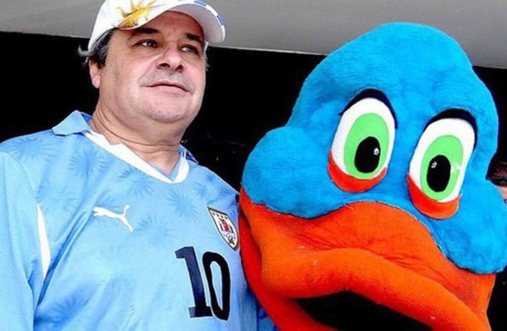 La piñata que nunca existió por Gerardo Tagliaferro