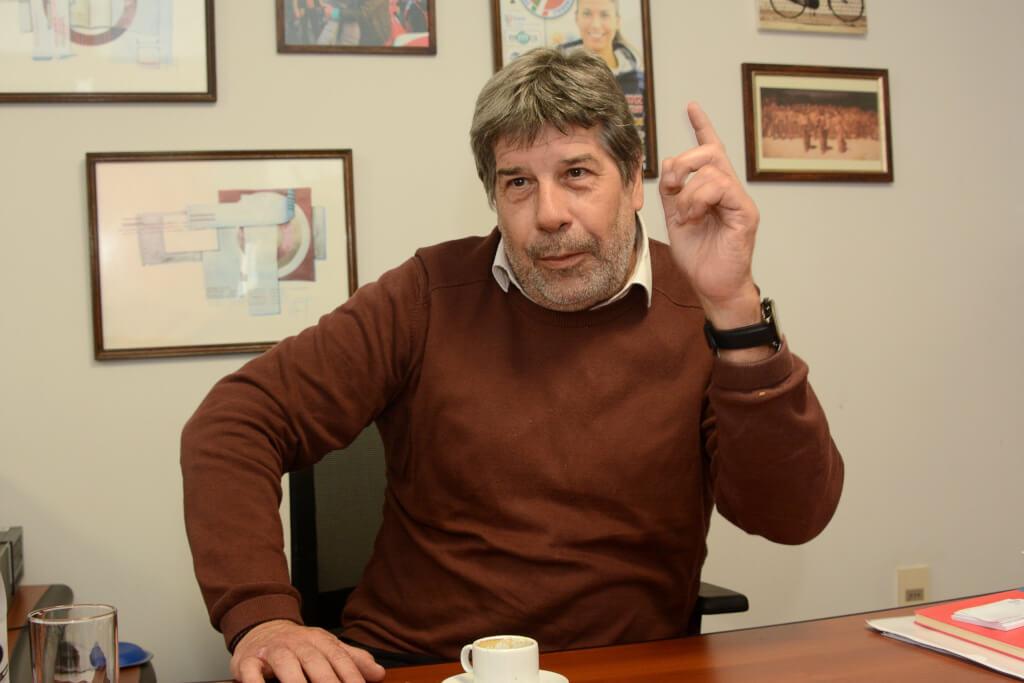 Fernando Gambera, dirigente de AEBU  No tener al sindicato policial en el Pit-Cnt es un grave error