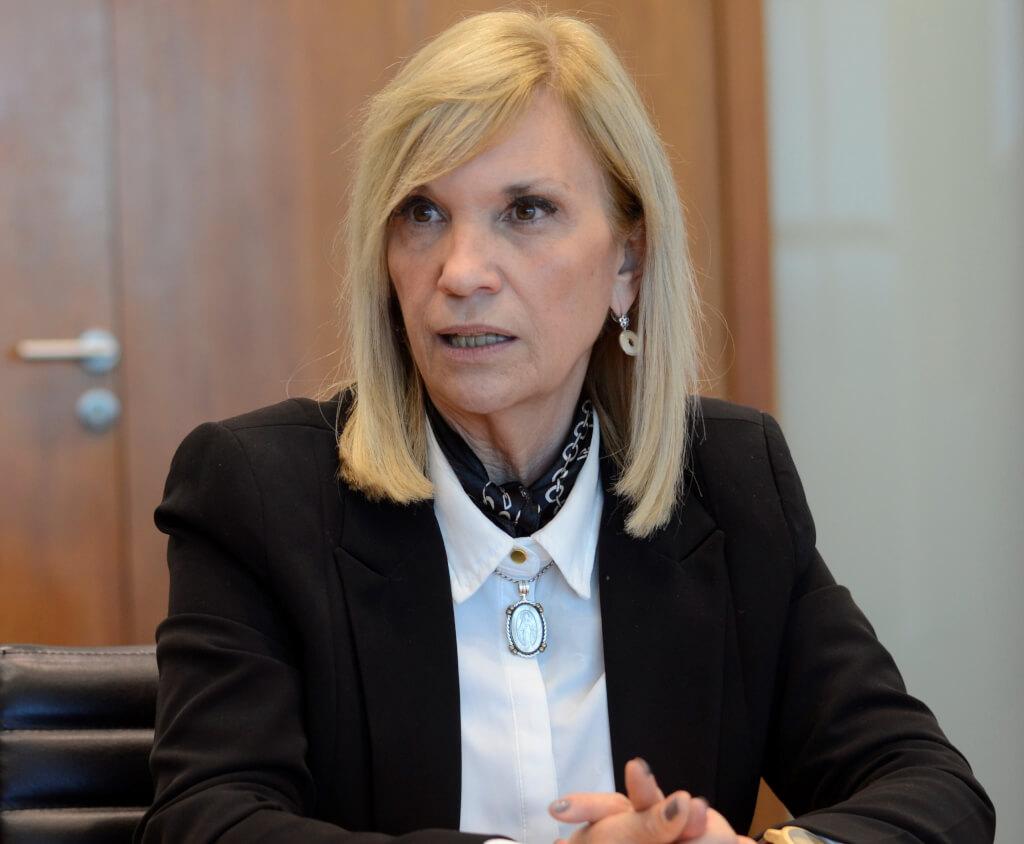 Beatriz Argimón:  Estoy convencida que no es un referéndum a favor o en contra del gobierno