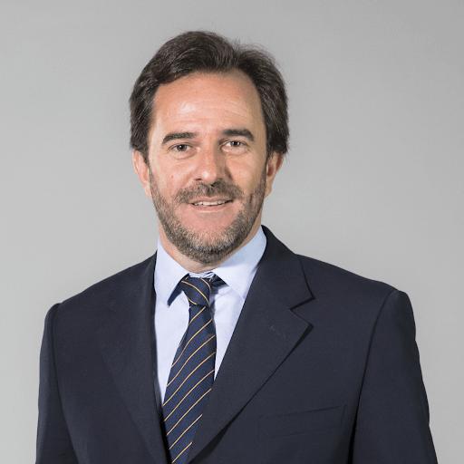 El oscuro prontuario de un ministro destituido por Hugo Acevedo