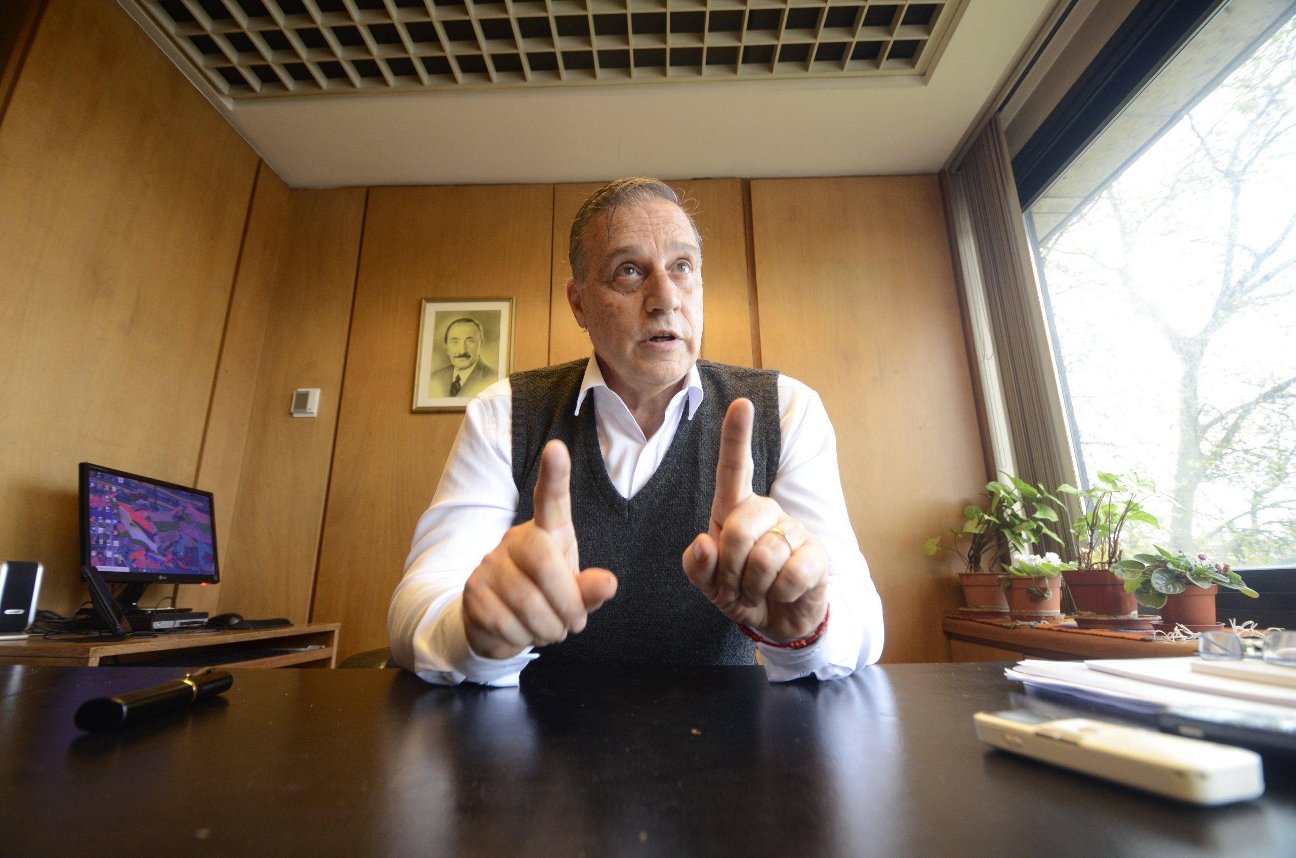 Carlos Varela, diputado frentista  Perdimos la batalla cultural y la derecha logró instalar algunas cosas